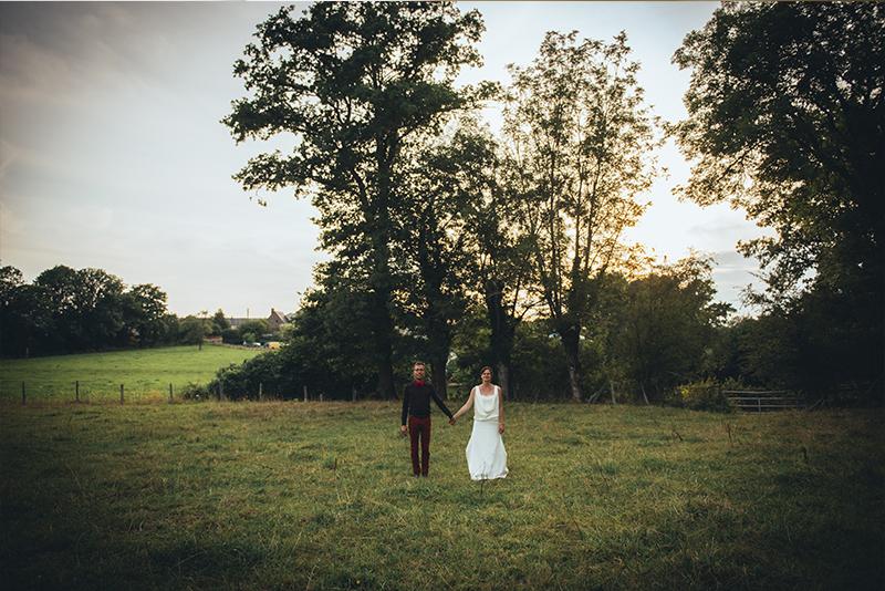 amoureux dans les champs