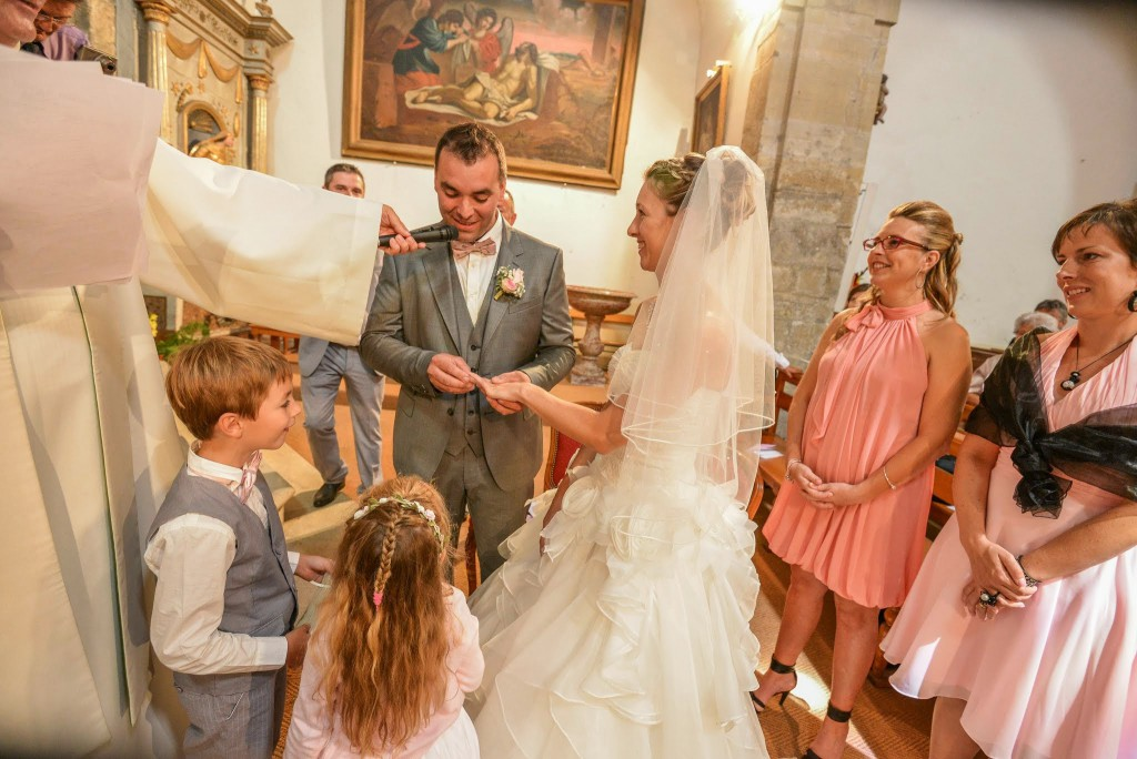 Le mariage champêtre romantique de Cécile avec une touche de rose (12)