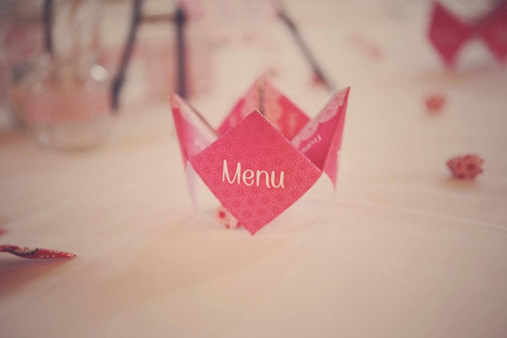Menu en cocotte en papier // Photo : Babouchkatelier