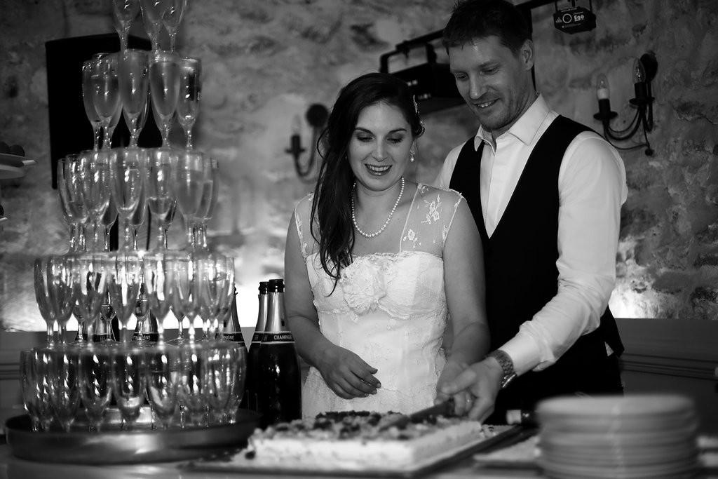 Fontaine au champagne et découpage du gâteau // Photo : BabouhKAtelier