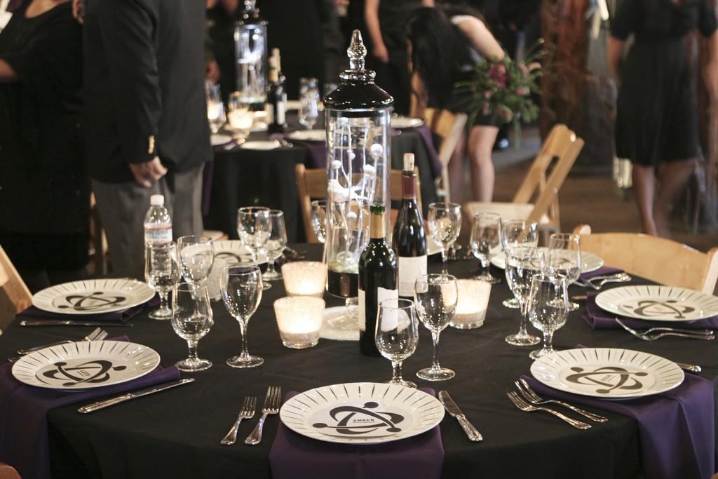 Que faire entre chaque plat, au moment du repas, pour occuper les invités ?
