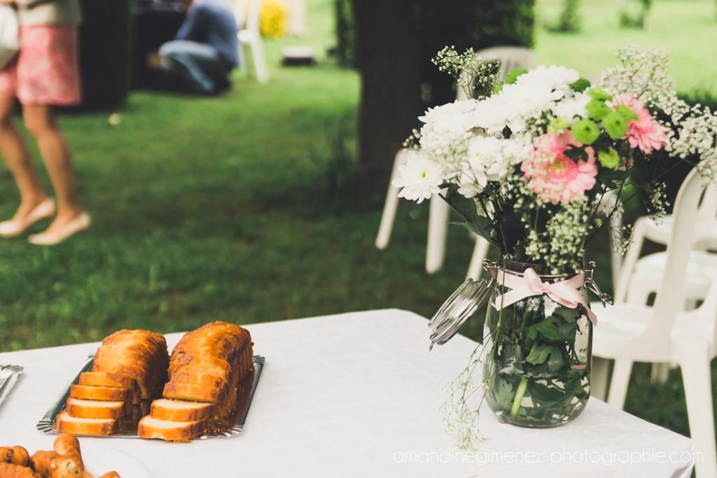 Compositions florales pour notre mariage // Photo : Amandine Gimenez