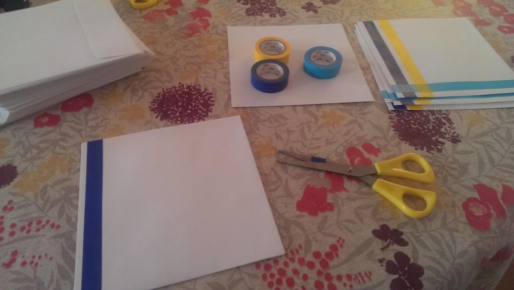 Etapes de création DIY de notre faire-part en bleu et jaune