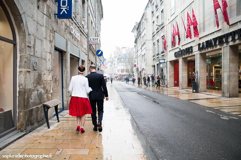 Départ vers la mairie // Photo : Sonia Blanc