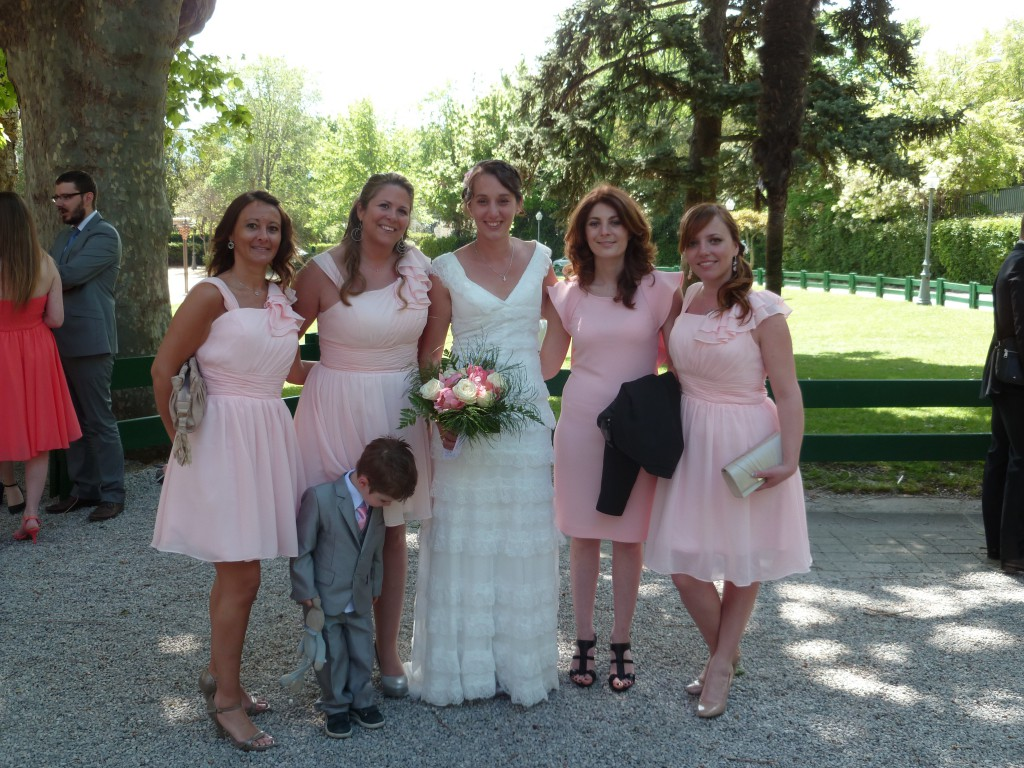 Dress code en rose pastel  pour les témoins et demoiselles d'honneur