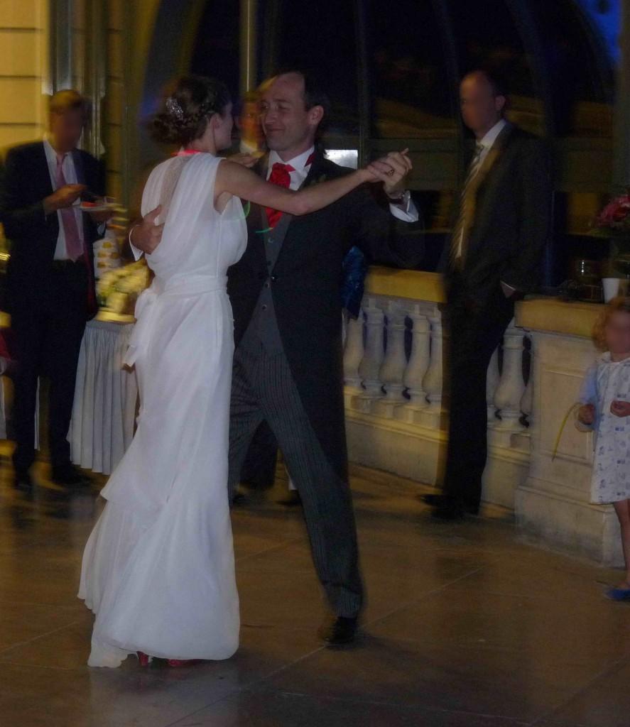 Une valse comme première danse