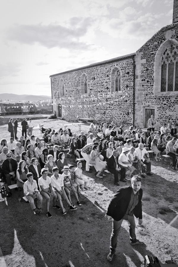 Déroulé de notre cérémonie laïque en extérieur // Photo : Pierre Grasset