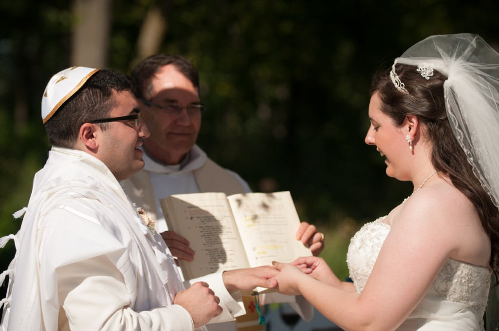 Le mariage étoilé franco-canadien et judéo-chrétien de Richan (16)