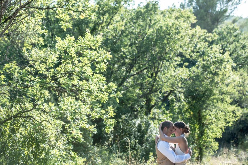 Le mariage champêtre de Kathleen dans un ancien moulin à huile - Photo Cedric Moulard (12)