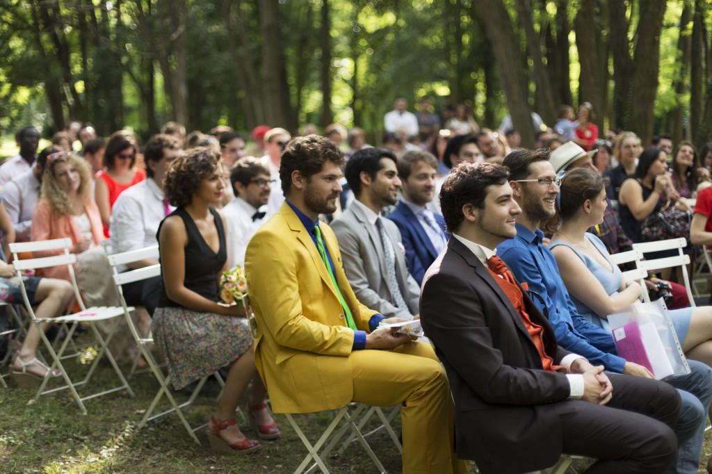 Le mariage coloré et bucolique de Caroline en Provence - photos  Morgane Ruiz et Benjamin Genet (4)