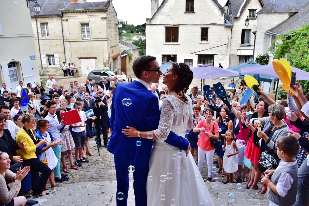 Le mariage de Charlène en bleu avec une touche de jaune et des paillettes (5)