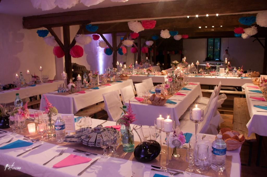 La déco de notre salle en rose et bleu // Photo : Fatoon