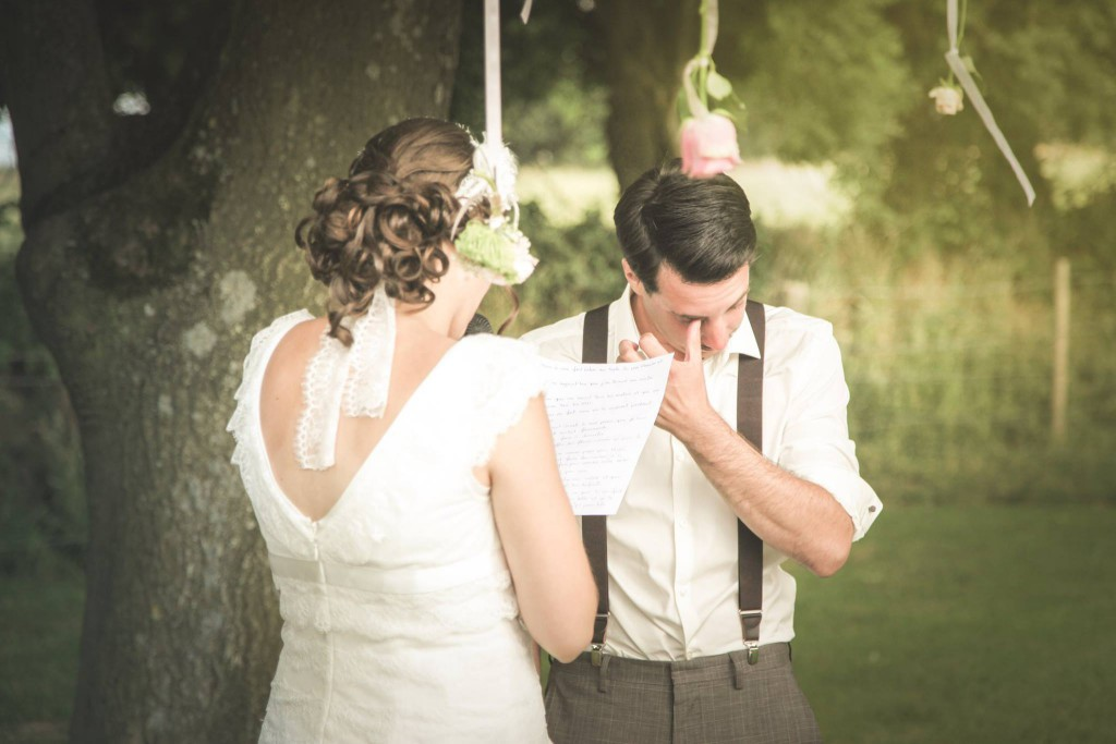 Le mariage de Mme Rétro avec un dress code headband et moustaches (11)