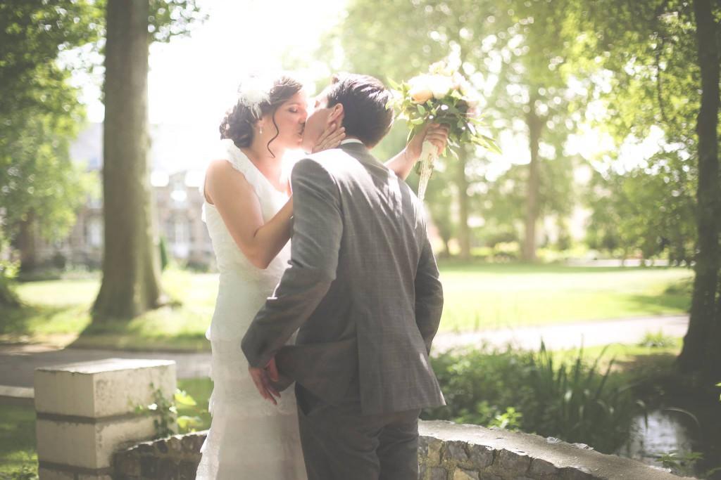 Le mariage de Mme Rétro avec un dress code headband et moustaches (3)