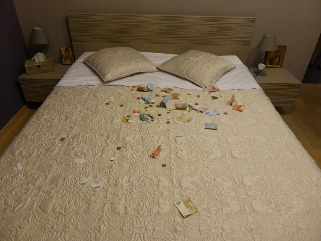 La tradition du lit dans les mariages grecs