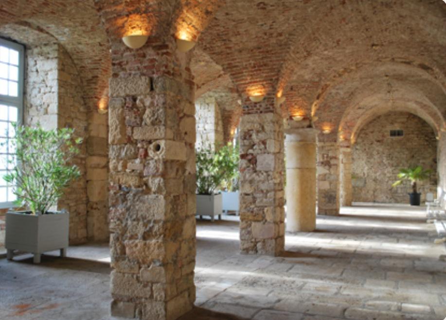 Visite de l'Abbaye de la Ferté pour notre mariage