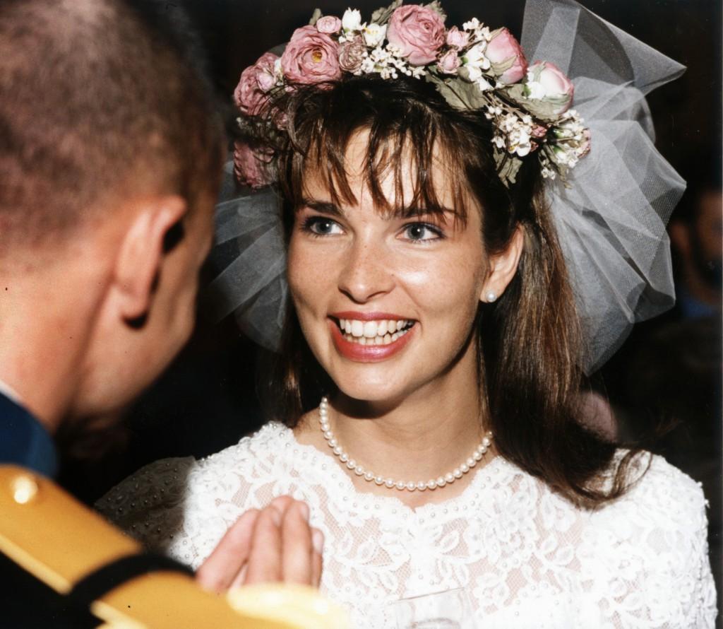 mariée princesse couronne de fleurs