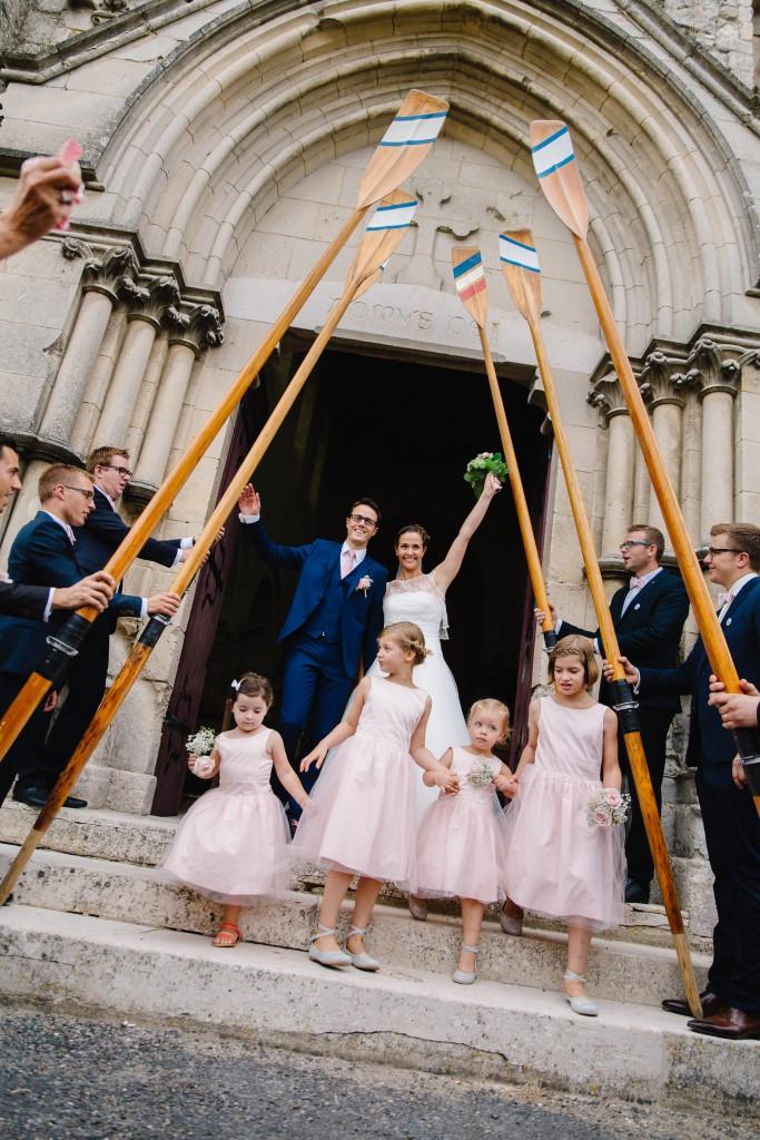 Le mariage en rose et champêtre d'Hélène dans un joli corps de ferme en Picardie - Photo Jérôme Lartisien (5)