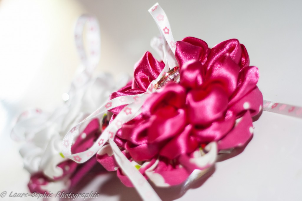 Le mariage fait maison de Delphine, sans thème et plein de couleurs et d'originalité - Photo Laure Sophie Photographie (1)