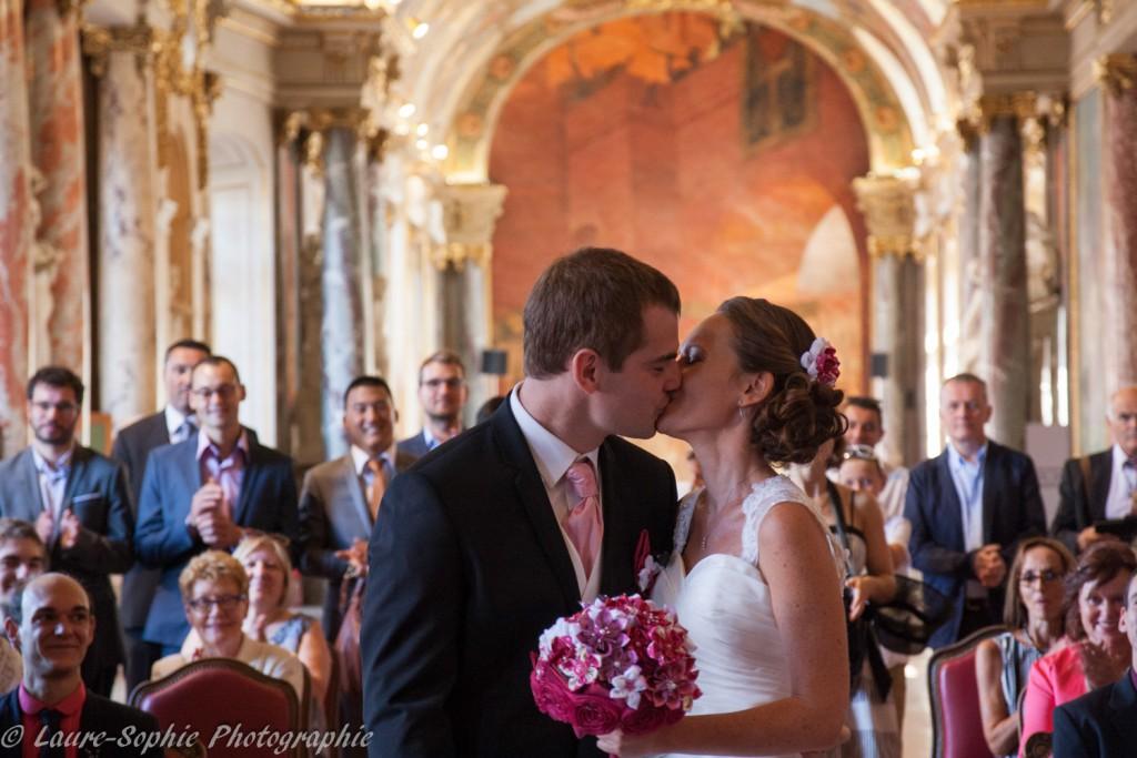Le mariage fait maison de Delphine, sans thème et plein de couleurs et d'originalité - Photo Laure Sophie Photographie (3)