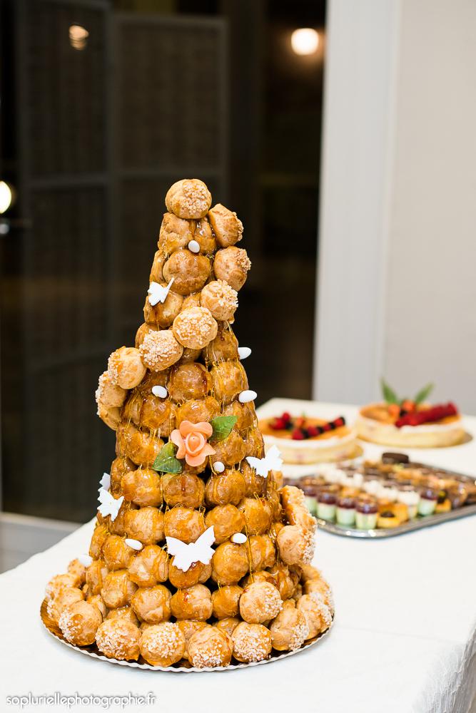 Pyramide de choux pour notre mariage // Photo : Sonia Blanc