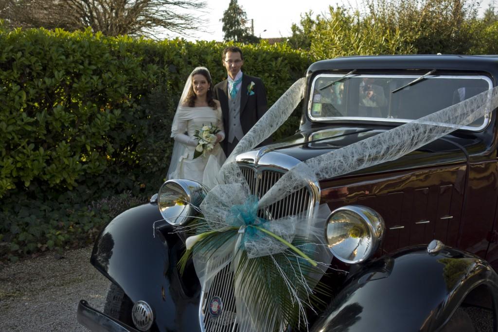 Une Rosalie des années 1930 comme voiture le jour J !