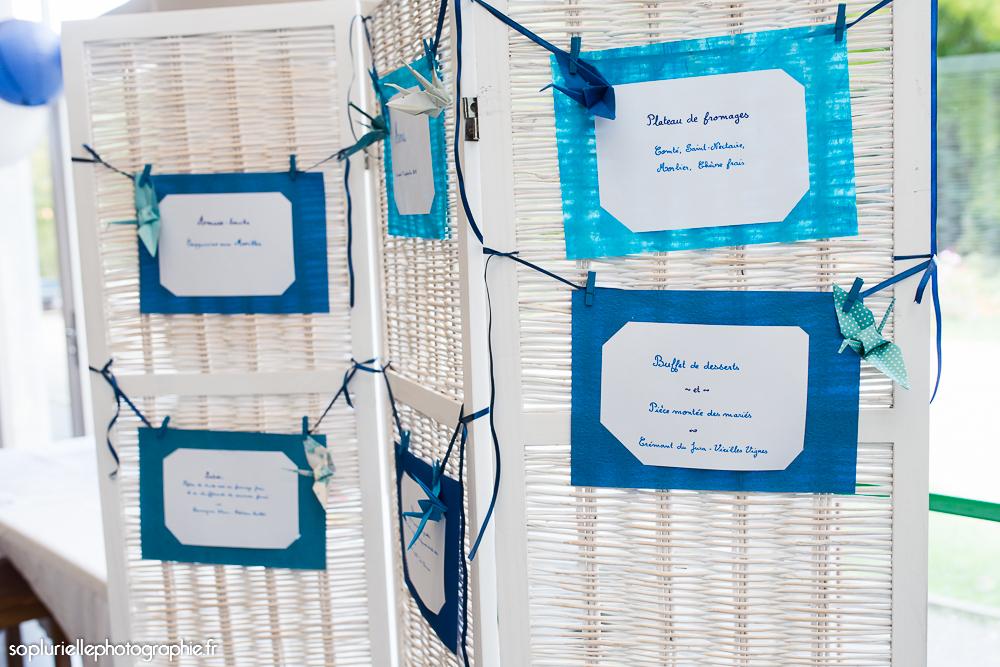 La décoration de notre salle en bleu et blanc // Photo : Sonia Blanc