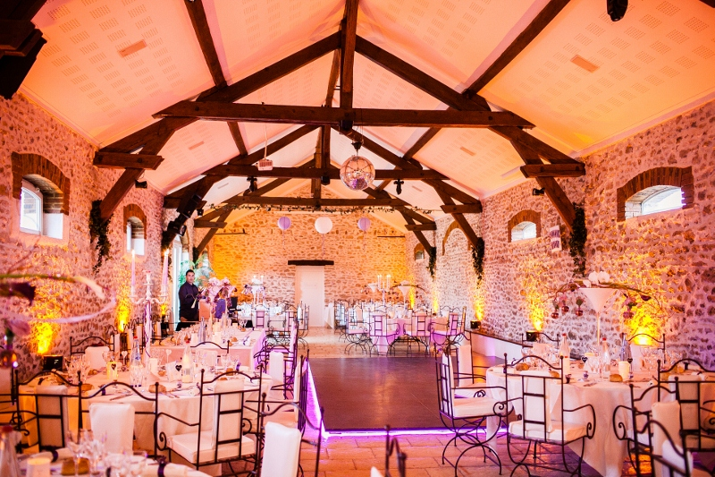 Décoration du lieu pour notre mariage // Photo : Sarah Dawson Photography