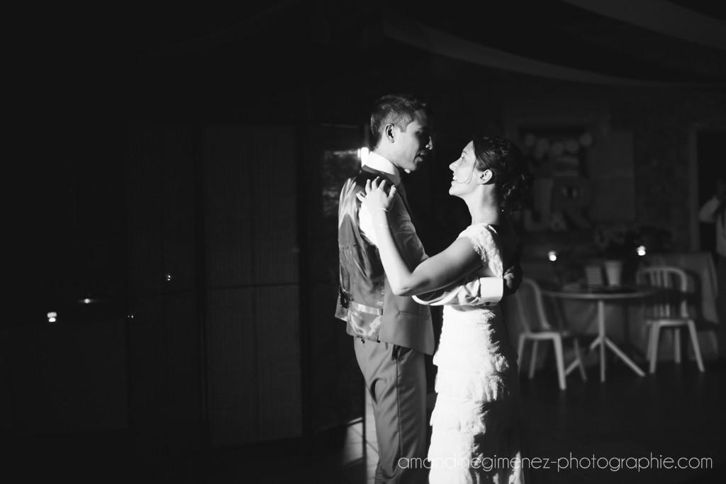 Mariage champêtre avec une note de romantisme : le bal - Amandine Gimenez Photographie