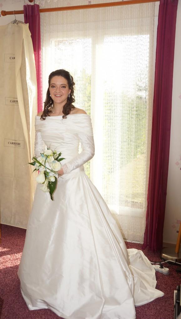 Le matin du jour J : habillage de la mariée