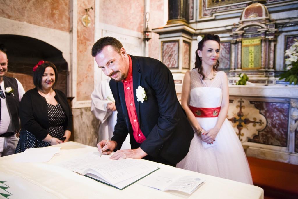 Le mariage rockabilly et participatif de Catherine dans le Cap Corse (18)