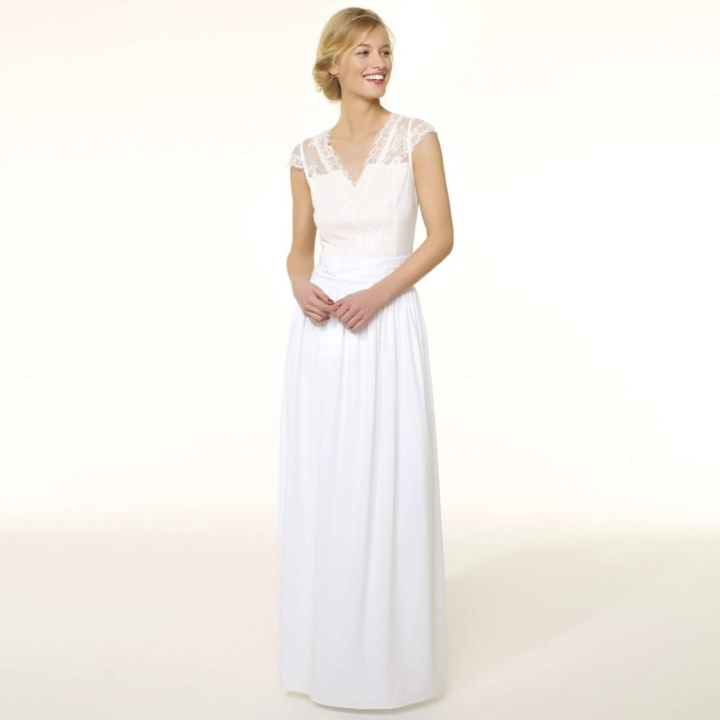 "Quand ""robe de mariée"" rime avec ""prêt-à-porter"" : Kiabi"