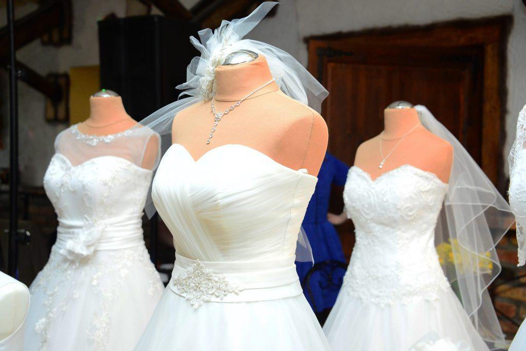 Trouver une robe malgré ses complexes