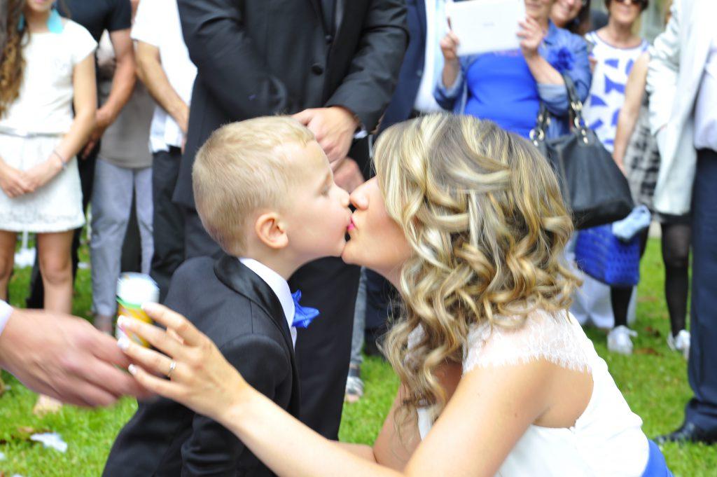 Le mariage surprise d'Alison organisé de A à Z par son fiancé (9)
