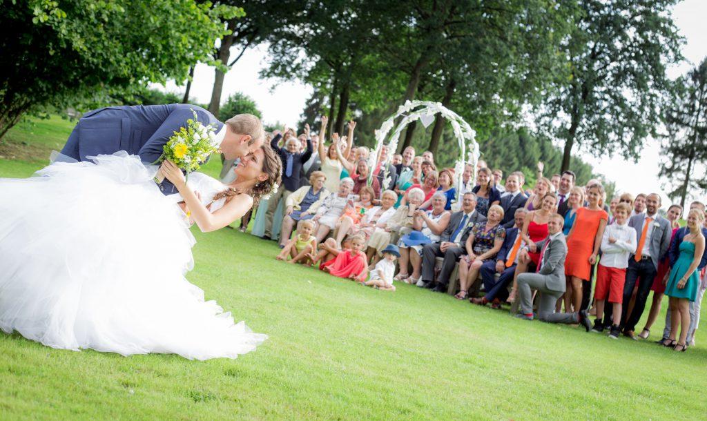 le-mariage-tout-en-couleurs-et-sous-le-signe-du-voyage-de-mms-12