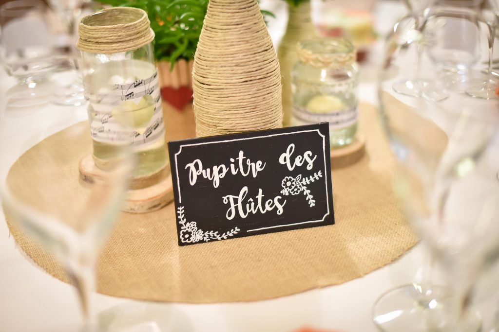 DIY de mes numéros et plan de table // Photo : Valentine Poulain Photographie