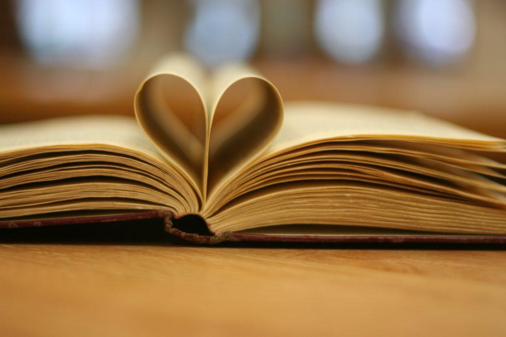 """Quel faire-part pour notre mariage """"littérature et mythologie"""" ?"""