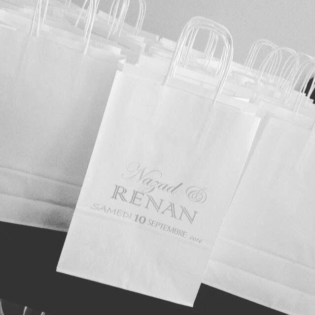Des sacs cadeaux pour nos invités