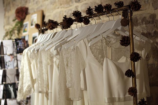 Le stress de la recherche de robe