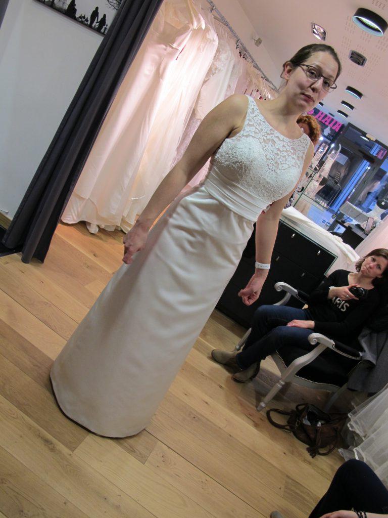 J'hésite à acheter ma robe de mariée après un coup de coeur !