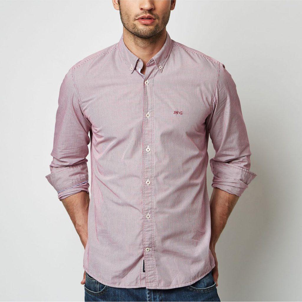 Chemise rayée rose, 70 € chez Mc Gregor (La Redoute)
