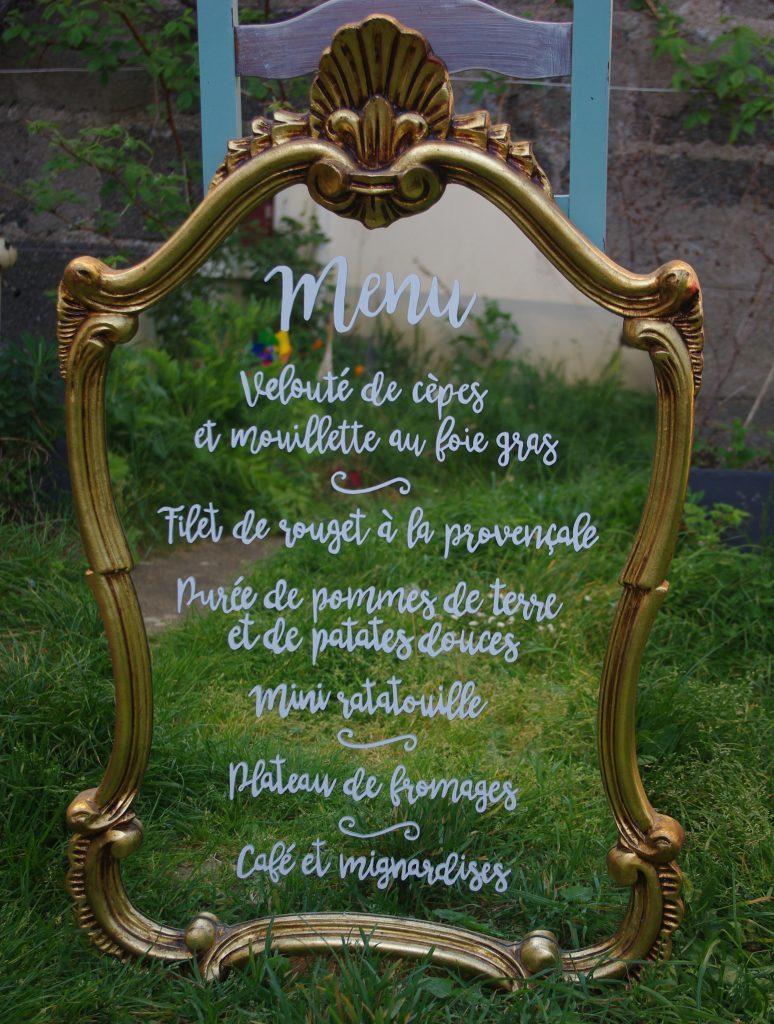 DIY : comment écrire sur un miroir ?