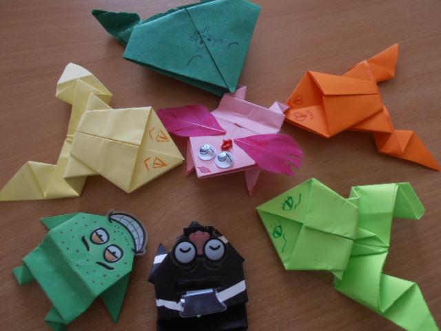 Grenouilles origami