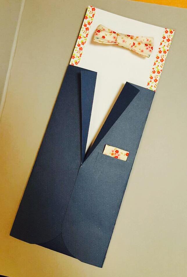 Un costume sur-mesure pour le marié (et une belle surprise !)