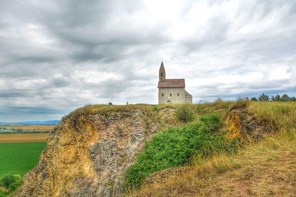 Eglise sur la coline