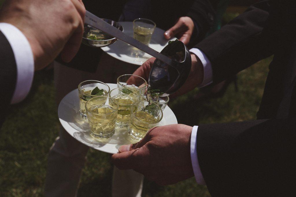 Ma cérémonie laïque : le rituel du cocktail // Photo : La Femme Gribouillage
