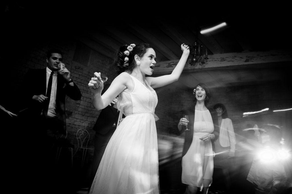 Notre soirée dansante du mariage // Photo : La Femme Gribouillage