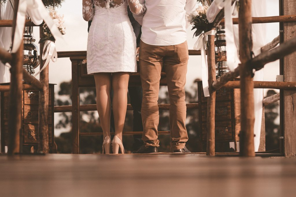 Faire en avance : bonne ou mauvaise idée pour le mariage ?