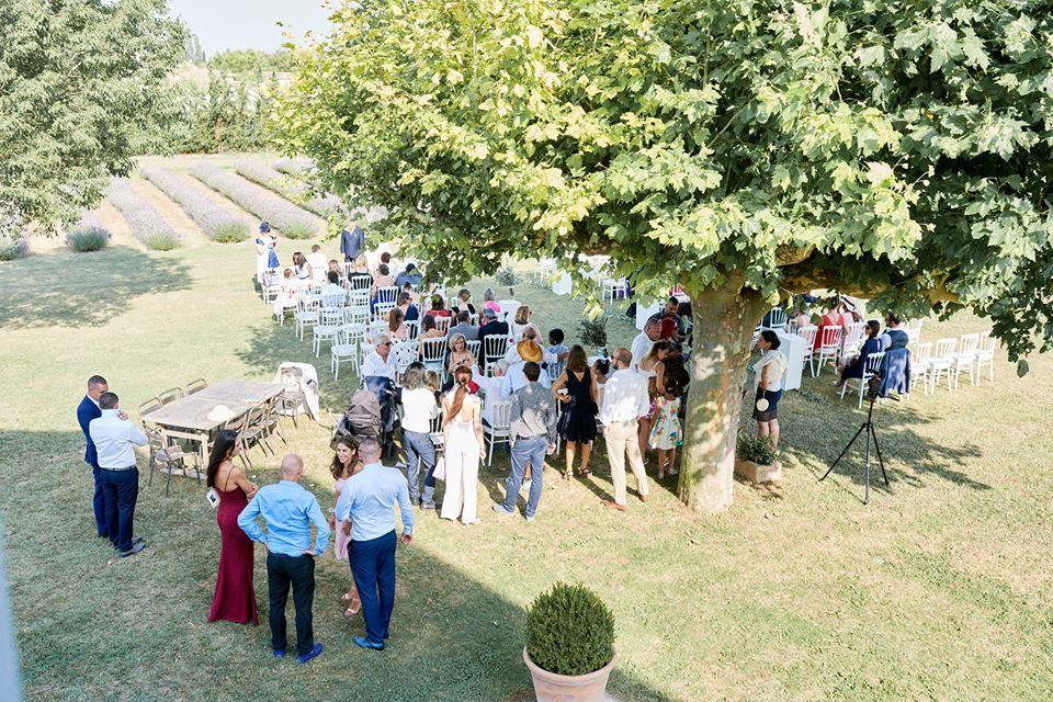 Ma préparation avant la cérémonie laïque // Photo : Happy People