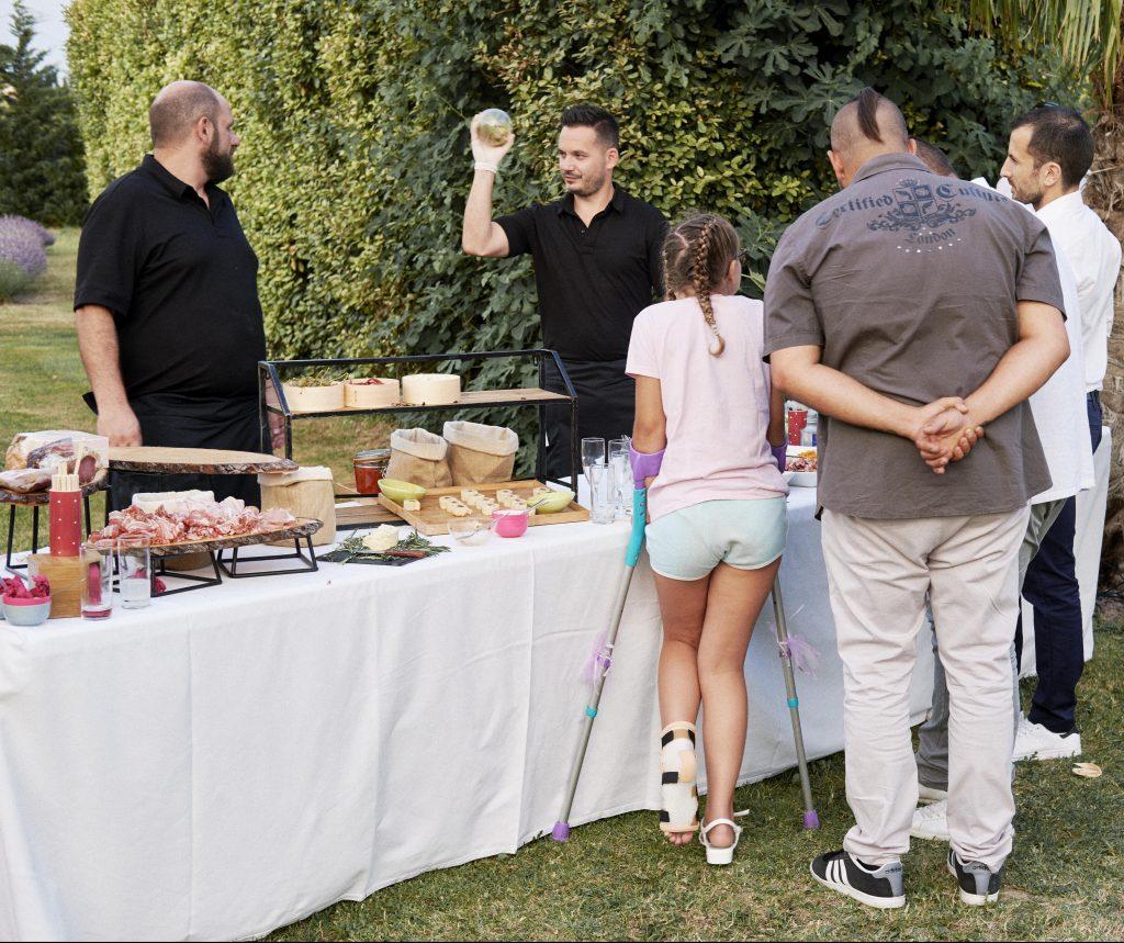 Ma soirée de mariage : repas, animations et petits couacs // Photo : Happy People